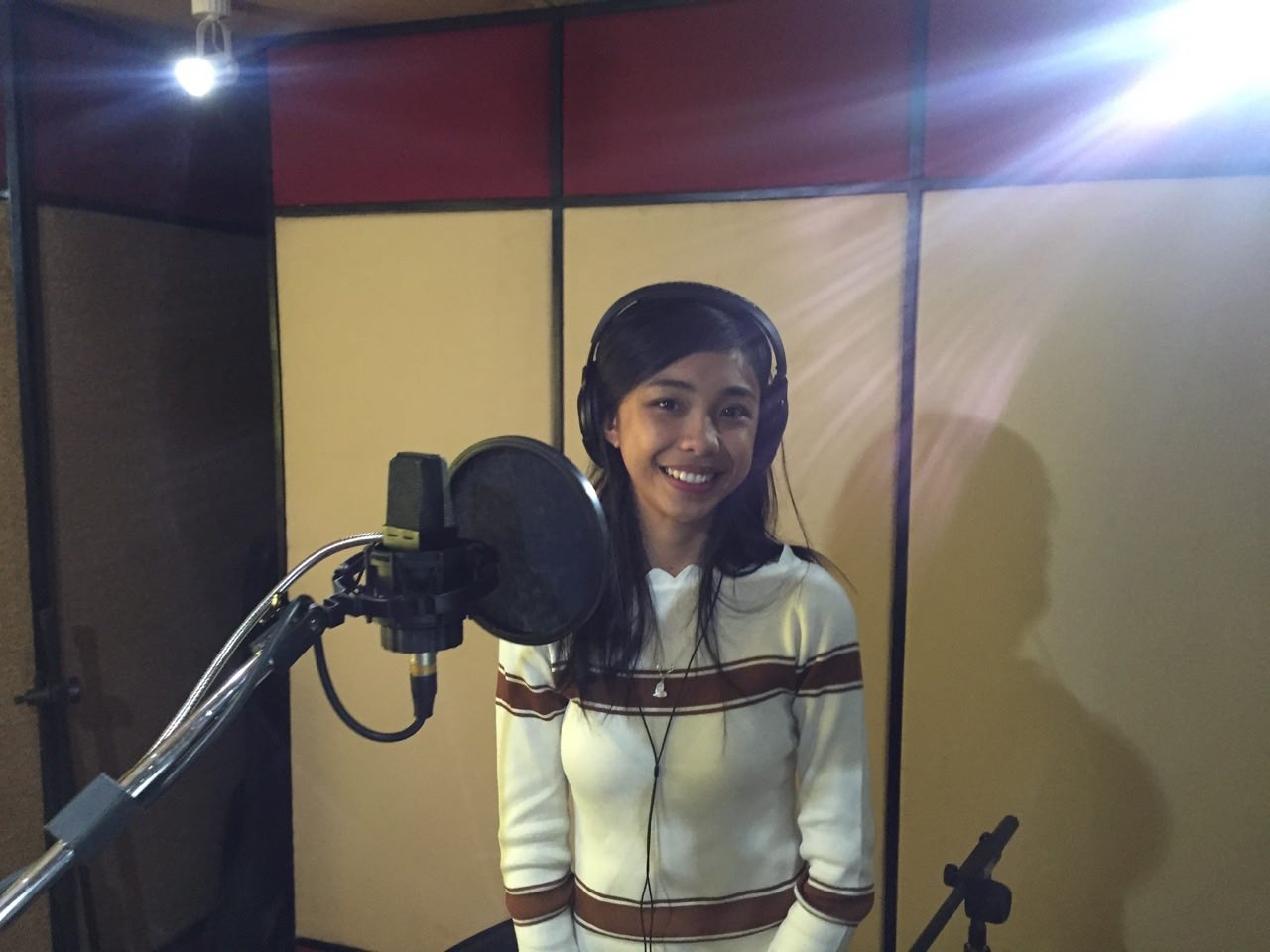 LOOK: Maymay Entrata Does Her First Recording After Signing With Star Music