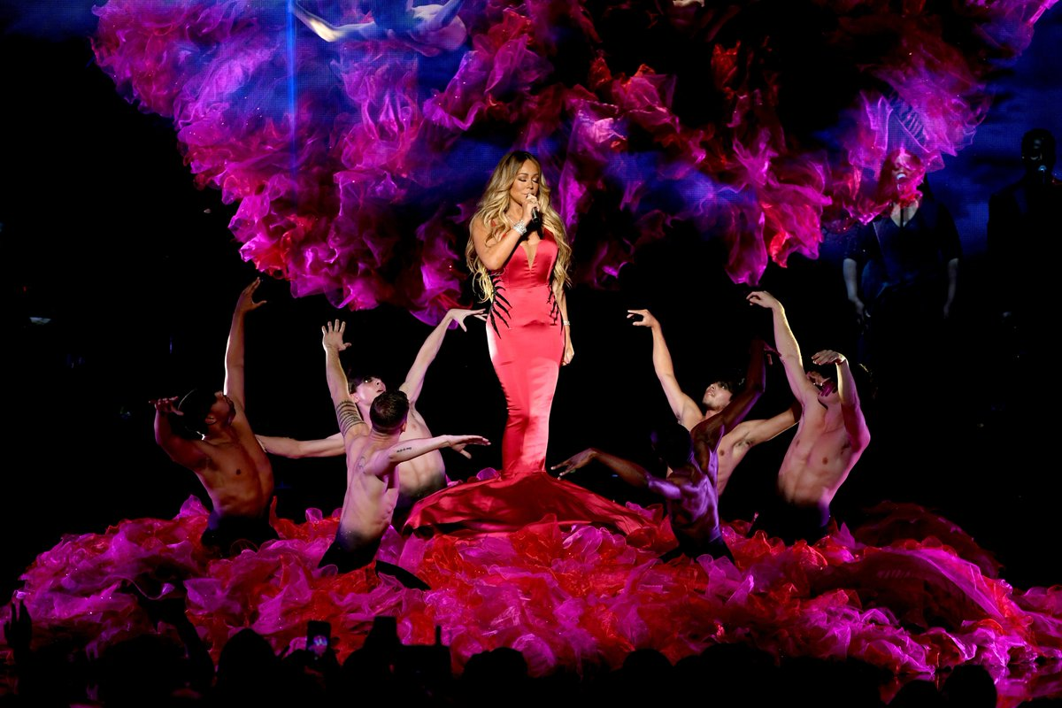 Mariah Carey delivers a beautiful performance of 'With You' at the American Music Awards