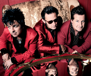"""Premiere Punk Trio Green Day Unveils """"Father Of All..."""""""
