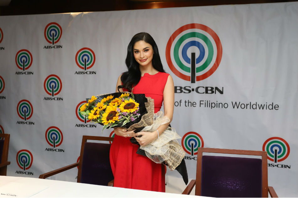 Pia Wurtzbach gives update on upcoming book