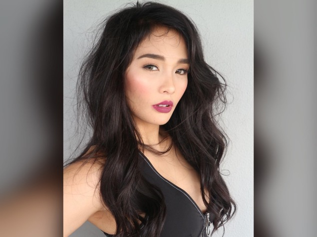 "Lovely Abella shows support for Kim Chiu, sings ""Bawal Lumabas"" in Ilongga version"