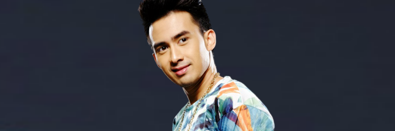 Young JV launches new song Flashback with hometown fans
